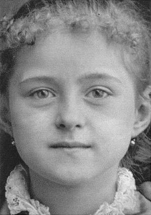 Resultado de imagem para santa teresinha do menino jesus criança